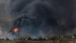 Дым после авиаудара нанесенного по сирийской армии